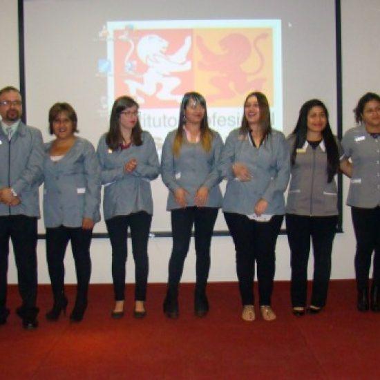 Estudiantes de Servicio Social vivieron emotiva ceremonia de investidura