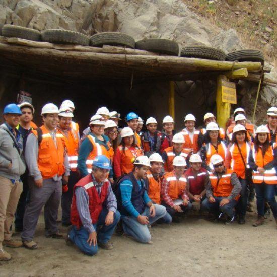 Futuros técnicos en Minería del Instituto Profesional Los Leones  visitaron la Mina Patricia