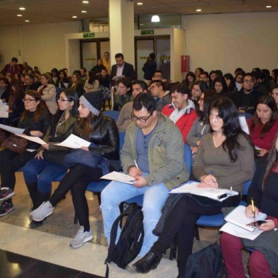 Estudiantes de Los Leones participaron de forma masiva en charlas  informativas para realizar sus prácticas laborales