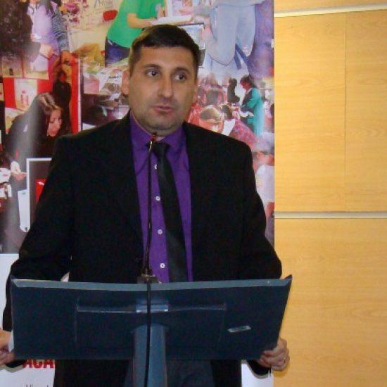 Estudiantes de la Escuela de Gestión y Finanzas del IPLL dictaron clínica de apoyo a microempresarios
