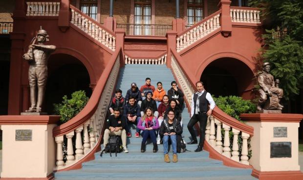 Estudiantes de Turismo Sustentable y Hotelería se lucieron como guías en el  Día del Patrimonio Cultural fea1d570684