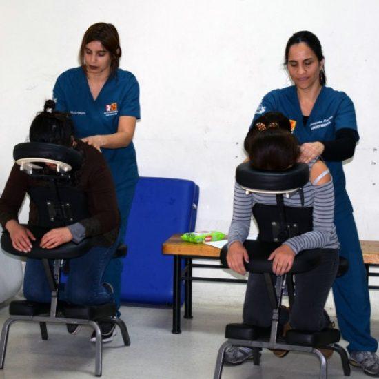 Escuela de Salud y PIAL organizaron jornada de tratamiento estético, relajación muscular y Tai Chi