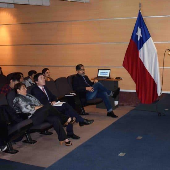 Experto del Ministerio de Hacienda dictó charla para estudiantes de la Escuela de Gestión y Finanzas