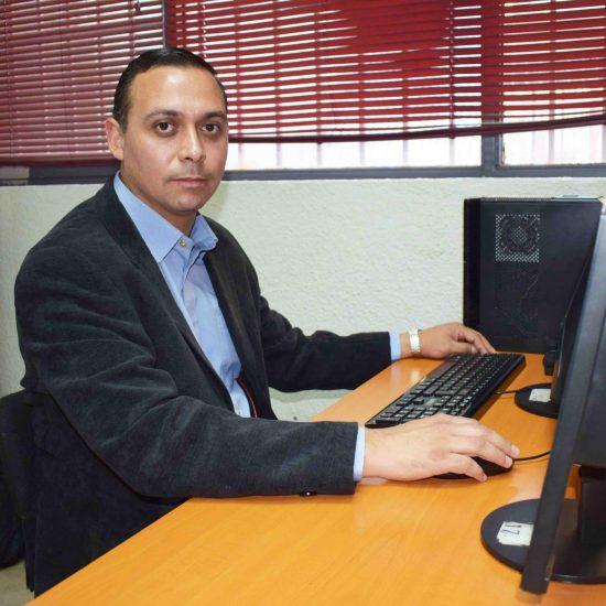 Docente de la Escuela Tecnológica fue reconocido entre los mejores del mundo en su área