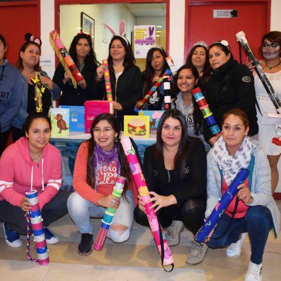 Con representaciones y disfraces alumnas de Técnico en Educación Parvularia celebraron Día Internacional del Libro