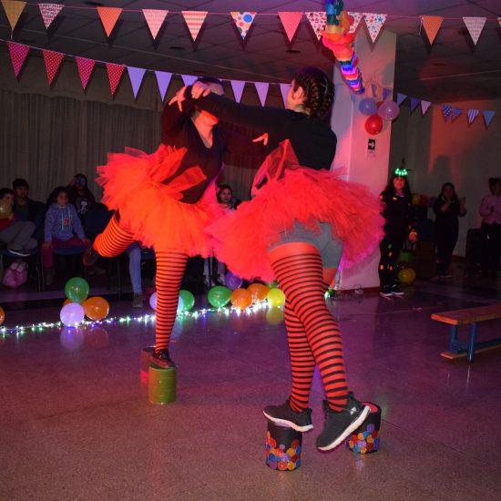 Estudiantes de Técnico en Educación Parvularia montan circo en IP Los Leones