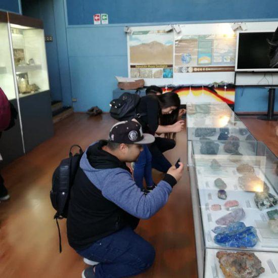 Estudiantes de Técnico en Prevención de Riesgos y Técnico en Minería visitan Sernageomin