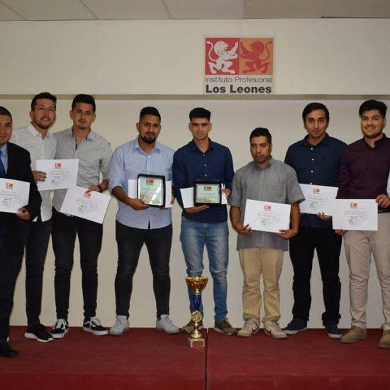 Con reconocimiento a delegados, estudiantes destacados en talleres y con nueva beca deportiva, DDE finalizó un nuevo año