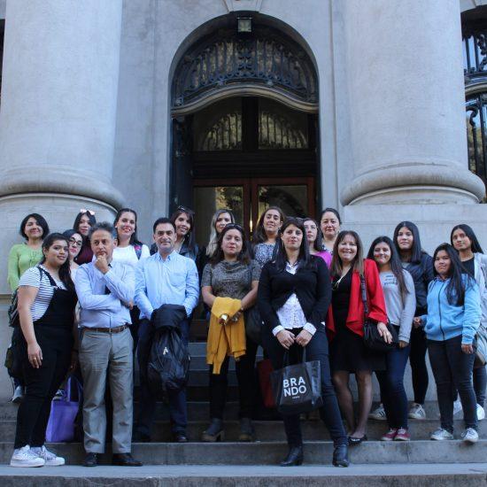Estudiantes de Secretariado en Gestión Tecnológica visitaron el Archivo Nacional
